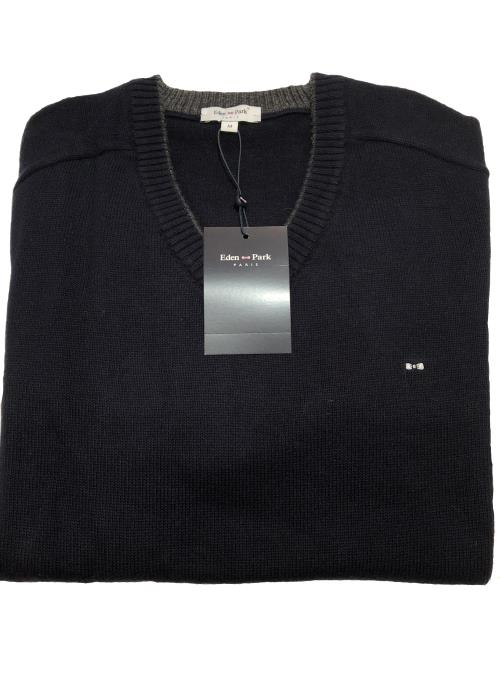 Trimmed V-Neck Sweater (Navy)